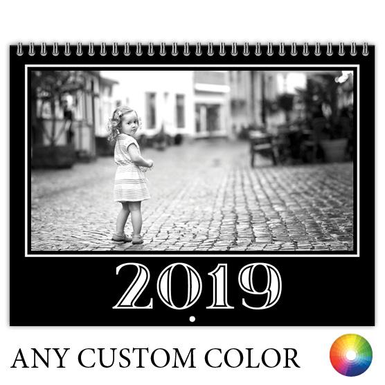Focus in Pix Classic Black calendar